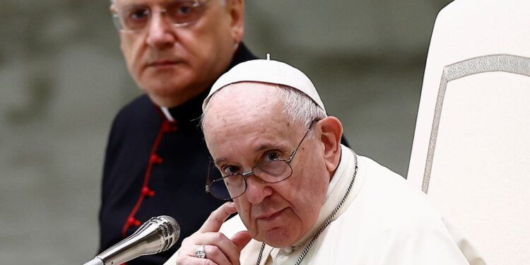 Pope Francis looks on during the weekly general audience at the Paul VI Audience Hall at the Vatican, August 25, 2021. REUTERS/Guglielmo Mangiapane